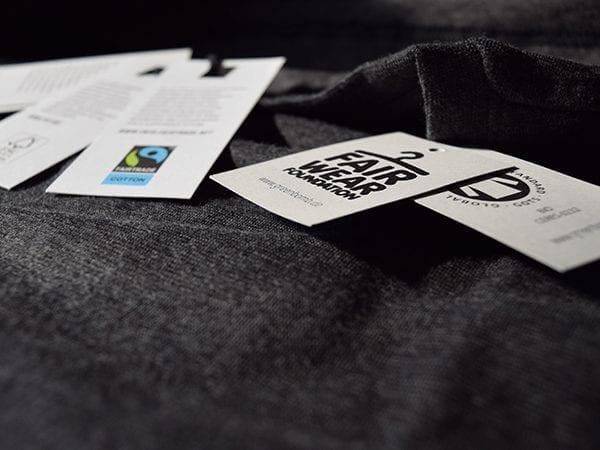 Unterschiedliche Textilsiegel
