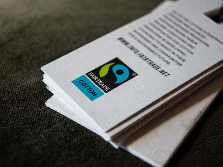 Darum lohnt es sich, auf das Fairtrade Cotton Siegel zu achten